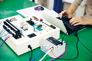 photo: 電気機械専攻