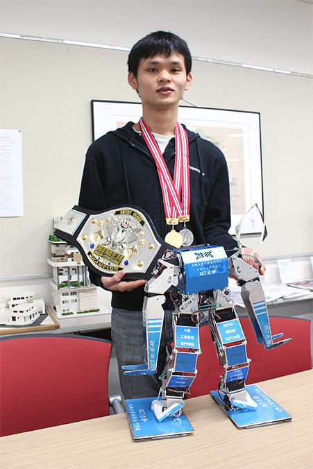 robot_yamazaki.jpg
