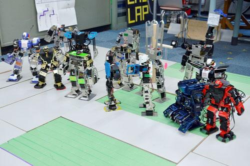 photo: 近畿学生2足ロボリーグ大阪工業技術専門学校ステージ報告