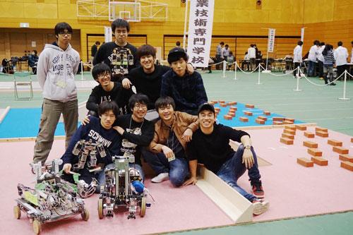 photo: 第25回全国専門学校ロボット競技会 有線部門 優勝!