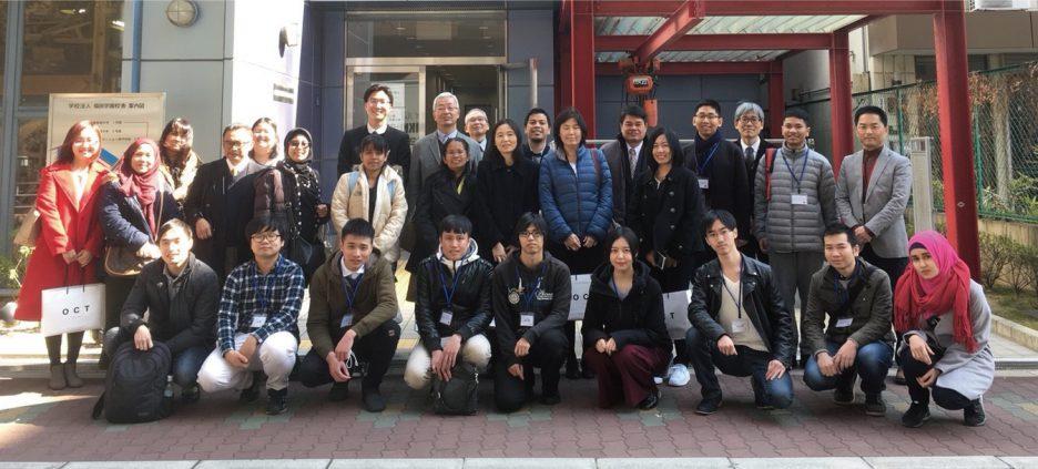 photo: 東南アジア7か国の現地大学にて日本語教育に携わる13名の関係者の方々が本校を視察しに来訪されました。