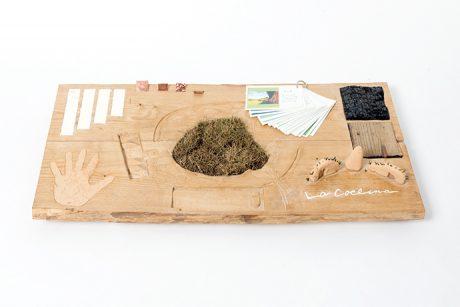 photo: ラ コリーナの自然素材を使った見本帳