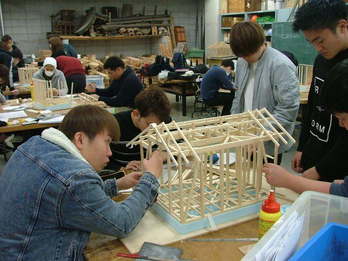 photo: 建築学科 施工専攻 軸組模型製作が完成しました!