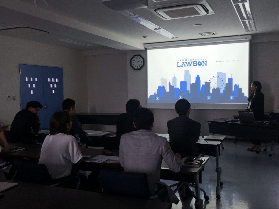 photo: 建築設計学科2年 未来のLAWSON考える 意匠特論Ⅱ