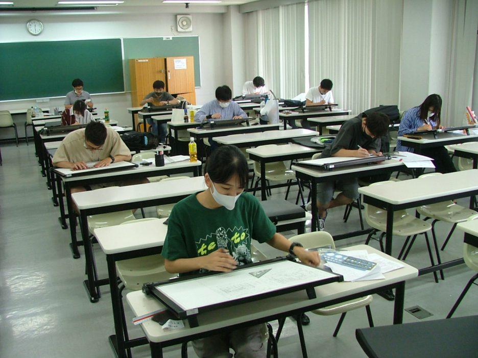 photo: 建築士専科+日曜専科 二級建築士設計製図<br>合同模擬試験開催