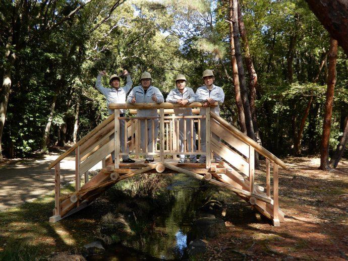 photo: 大阪府吹田市の万博記念公園へ「ダ・ヴィンチの橋」 試行設置